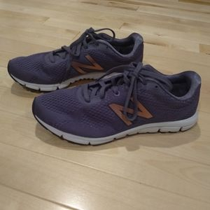 New Balance Shoes - New Balance w600